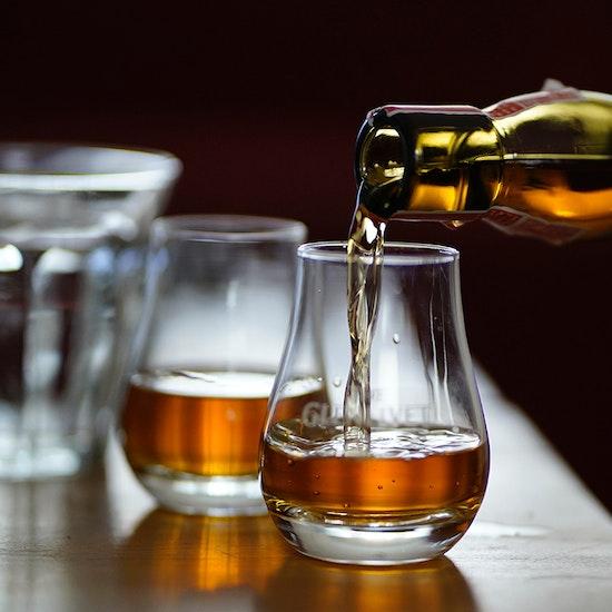 Stone Grilling Wagyu Dinner & Whiskey Tasting