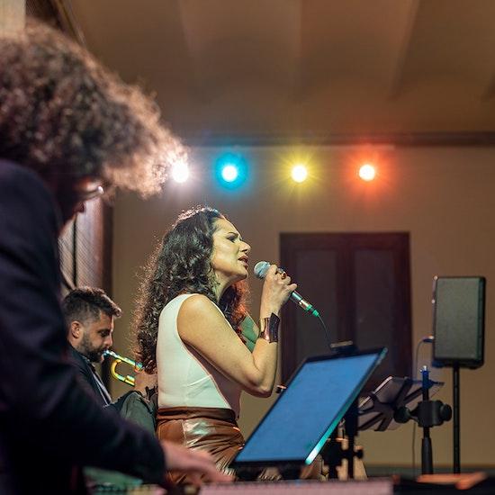 Noches Romantic Jazz con cena y concierto en Mas Ravetllat Pla