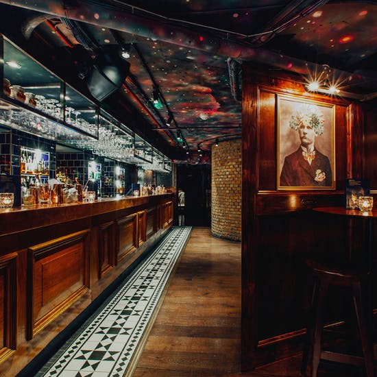 Cocktails at the Escapologist | Fever