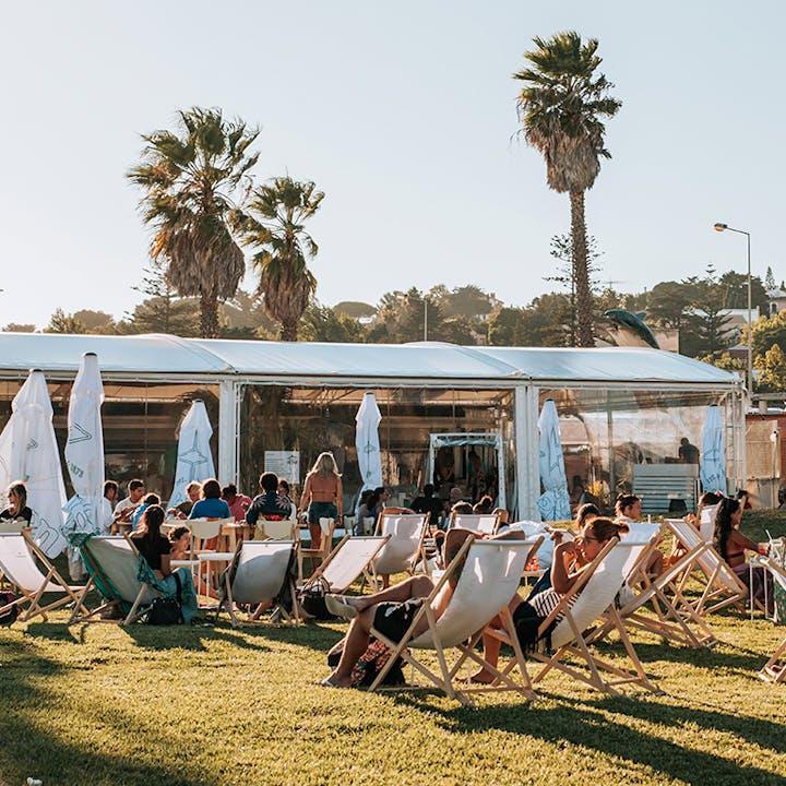Bahia Beach Club: menu hambúrguer ou tosta