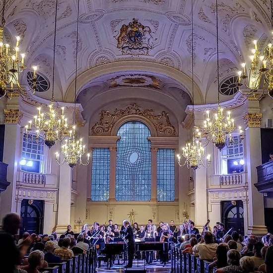 Beethoven Symphony No. 5 by Candlelight