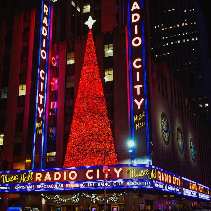 The Rockettes at Radio City & Holiday Windows & Lights