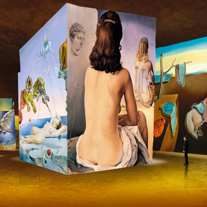 Exposition immersive Dalí et Gaudí à l'Atelier des Lumières
