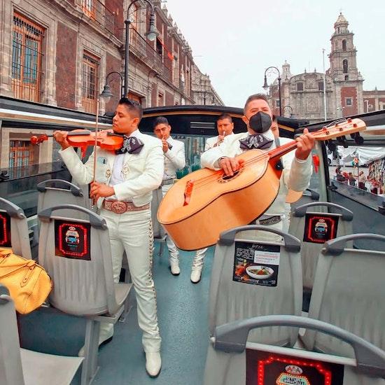 Mariachi Night Tour: recorre la ciudad en el Capital Bus