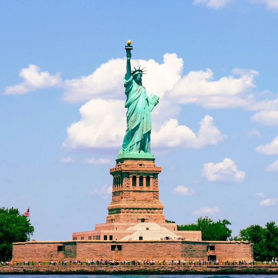Guided Tour: Statue of Liberty, Ellis Island and Battery Park