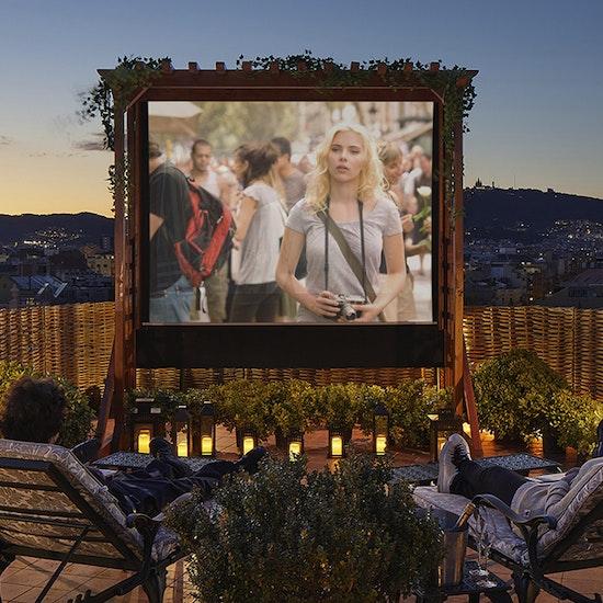 El Palace Barcelona: Open-air Rooftop Cinema con palomitas y cocktail