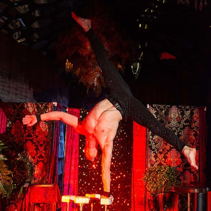 Cirque Illusionaire Spectacular at LaRuche Cocktail Lounge