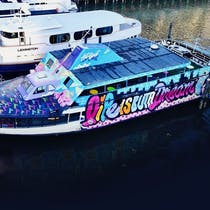 NYC Floating Art Gallery Yacht Party Cruise At Skyport Marina
