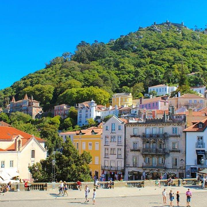 Excursão a Sintra e Cascais com visita ao Palácio da Pena