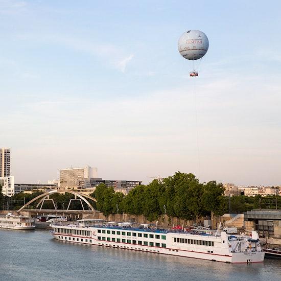 Vol captif au Ballon Generali de Paris