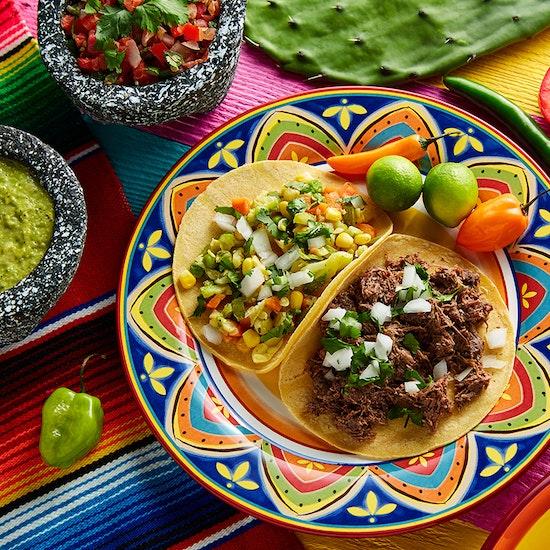 Mexican Brunch: margaritas & barra libre