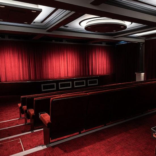 Cinema in a Pub: Movie Night Experience!