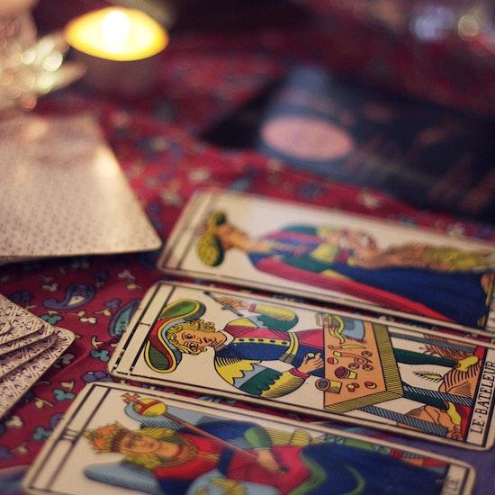 Virtual Palm and Tarot Reading