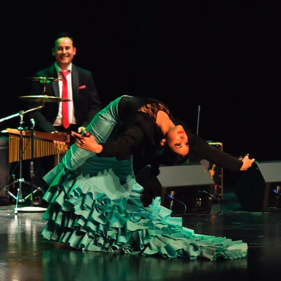 En Clave de Clot: show musical Raíces de Nácar