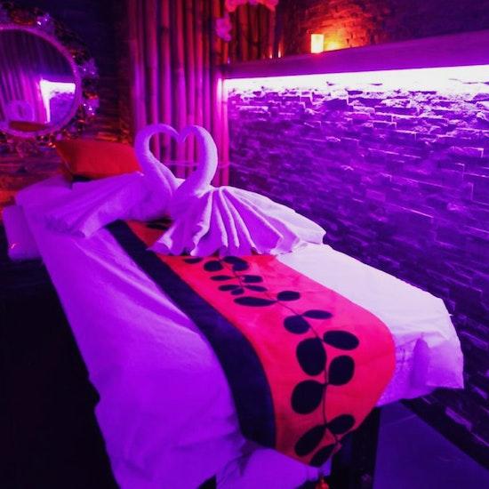 Massage thaï aux huiles chaudes