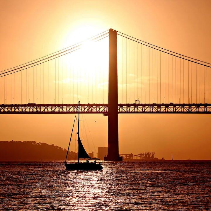 Passeio Lisbon by Night, Lisboa ao anoitecer