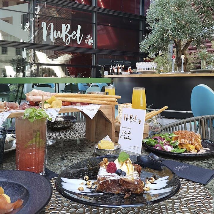 Golden brunch by Mumm con barra libre de mimosas en NuBel
