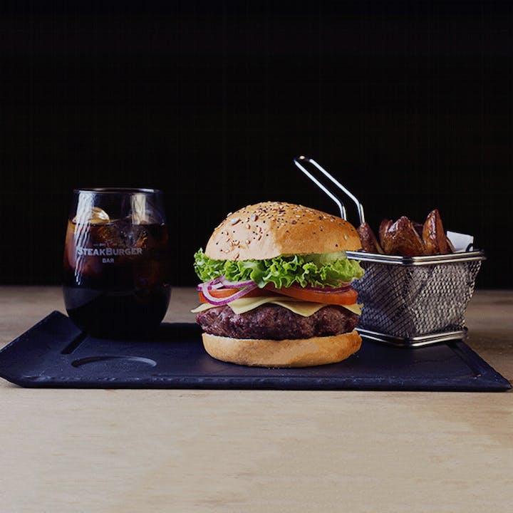 SteakBurger: menú con hamburguesa de 160g