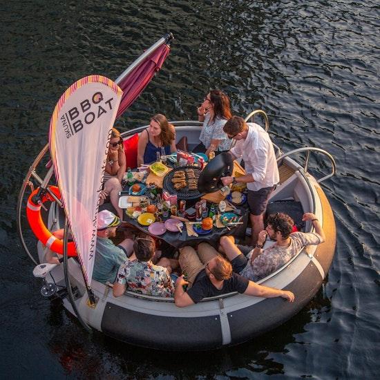 Skuna BBQ Boat Experience