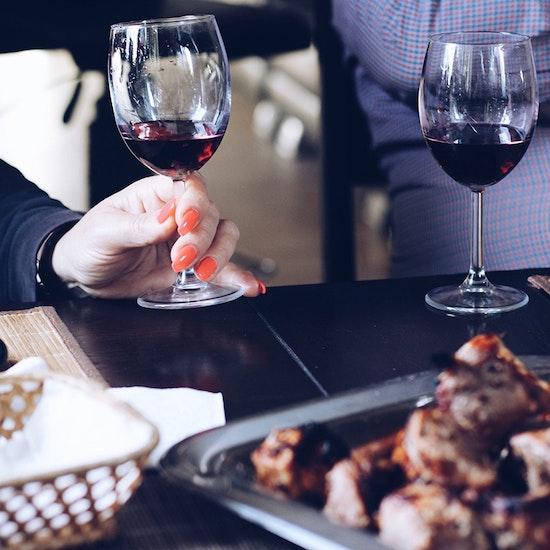 Find the dinner: ¡experiencia gastronómica sorpresa en un restaurante!