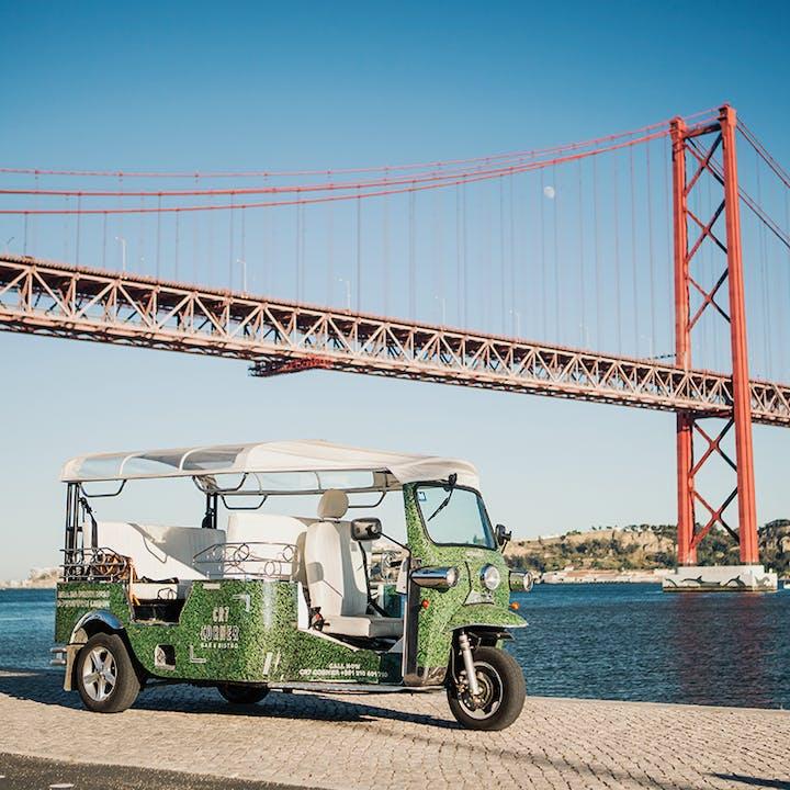 Tour em Tuk Tuk 100% elétrico: Faz de Lisboa ainda mais tua!