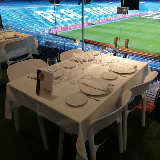 Menú San Valentín para 2 en Palco Vip Real Café Bernabéu
