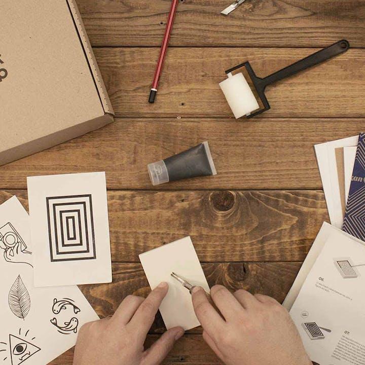 Aprende a criar carimbos personalizados com esta Workshop Box