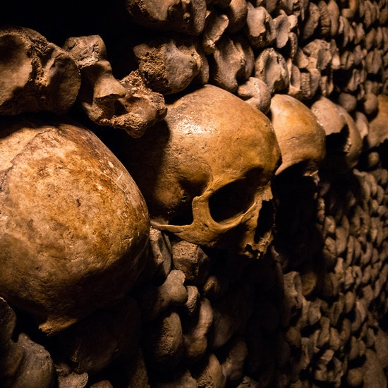 Visite virtuelle guidée : Les Catacombes de Paris