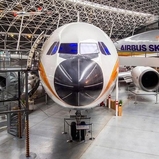 Entrée pour le Musée d'aviation Aeroscopia