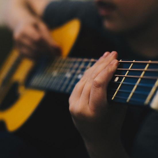 Aulas de guitarra online para todos os níveis