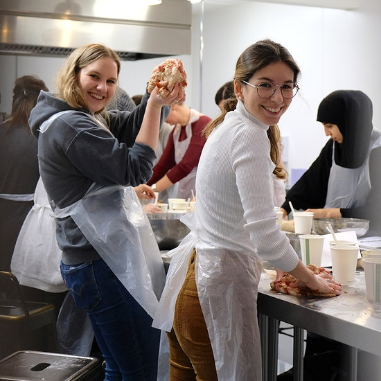 Live Cooking Classes with Wine & Ingredients Delivery!