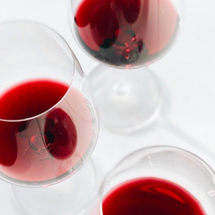 Box Vins : 2 bouteilles de petits producteurs livrées chez toi