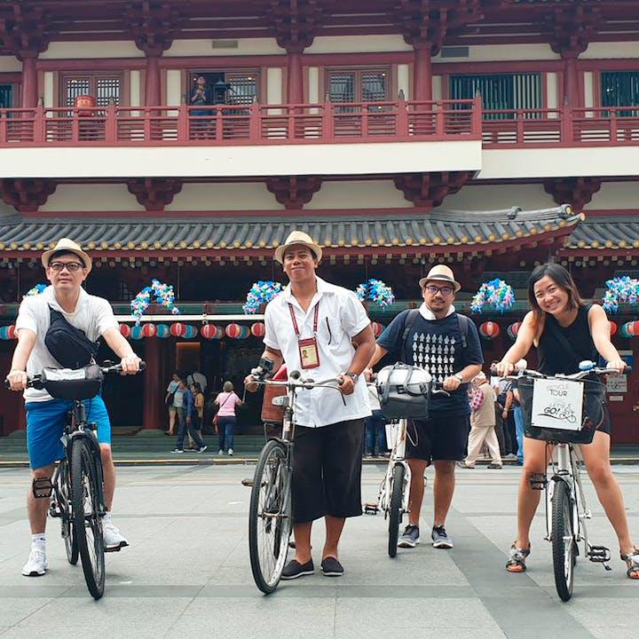 Ah Huat in Chinatown: Guided Walking Tour